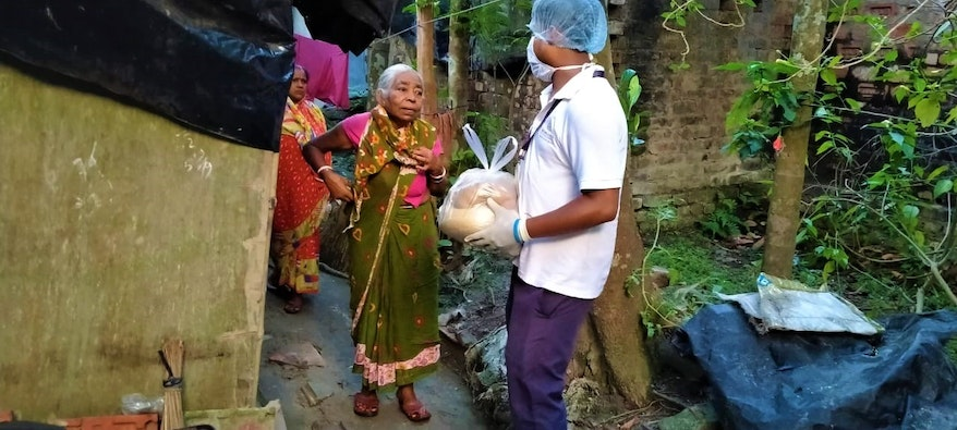 During the pandemic, VMANNN Hospital also provides essential food packages to locals in greatest need